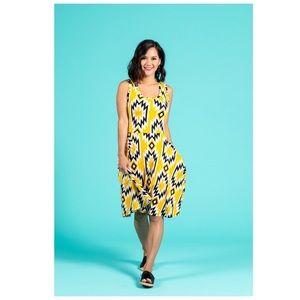 LuLaRoe Nicki Yellow Geometric Swing Dress sz Lg